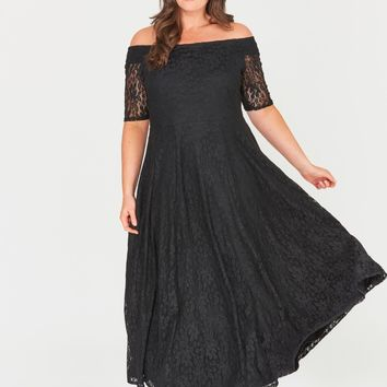 Zaylee Lace Maxi Dress