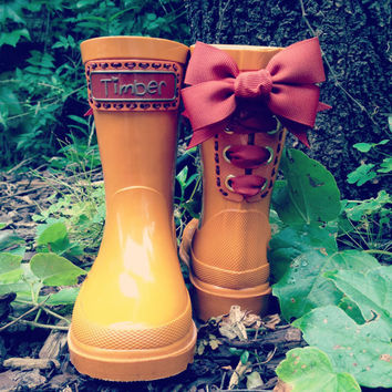 Timber & Tamber Rain Boots Rubber Gumboots by TimberAndTamberBoots