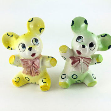 Vintage Teddy Bear Salt And Pepper Shakers Anthropomorphic Bear Kitschy Teddy Bear Kitsch Mid Century Made In Japan By PY Kitchen Decor