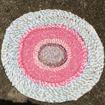 Rag Rug- Oval Cotton Scrap Fabric, Pink & Green