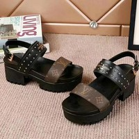 Louis Vuitton Women Fashion Simple Casual  Sandals Shoes