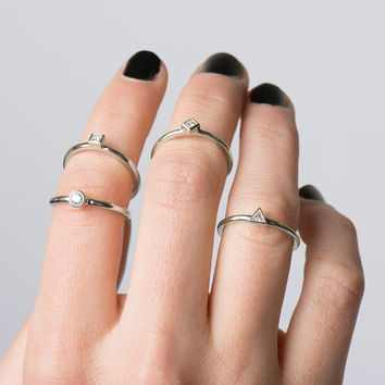 Stackable Rings Set, 14K White Gold Stacking Rings, Engagement Rings Set, wedding Rings, Dainty Diamond Bands, Diamonds stacking rings