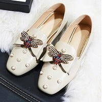 Gucci Newest Fashion Women Casual Bee Pearl Flat Leather Single Shoes Beige