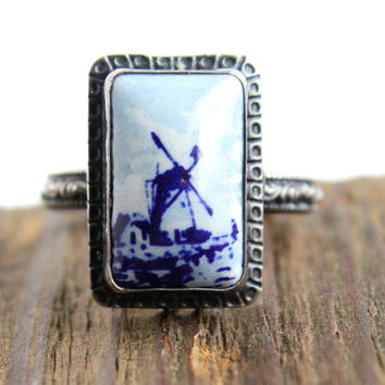 Vintage Sterling Silver Delft Ring - Adjustable Windmill Filigree Costume Jewelry / Blue Country
