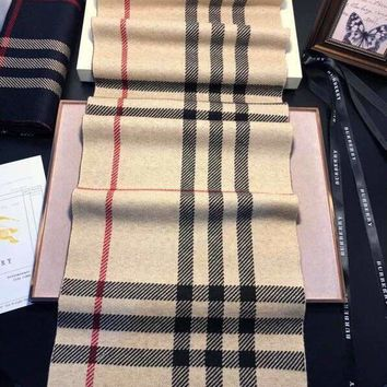 Burberry new classic plaid long section fashion wild men and women with the same paragraph shawl scarf khaki