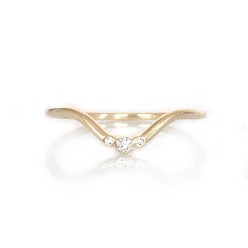 14kt Gold Diamond Arc Ring