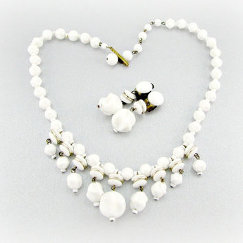 Vintage Milk Glass Necklace Earrings, WESTERN GERMANY, Dimpled White Glass Beads, Choker Necklace, Clip Dangle Earrings, 1950s Jewelry Set