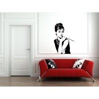 Wall Sticker Decal - Audrey Hepburn Breakfast at Tiffany's Silhouette Decoration (Glossy Black Vinyl)