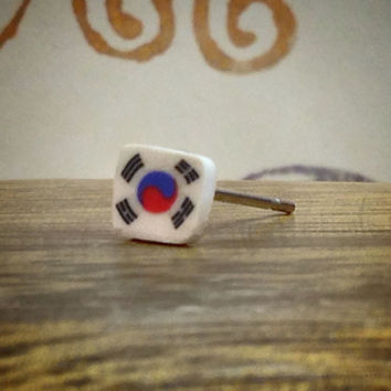Korean Flag Surgical Steel Stud Earring. Perfect for Helix and Cartilage Piercings.