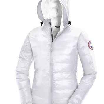 Canada goose Winter fashion to keep warm WOMEN Hooded Short down jacket
