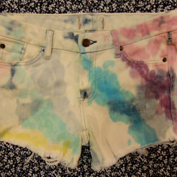 Rainbow Bubbles Shorts Size 2 Womens Jean Shorts White Blue Multicolored Summer Beach Shorts