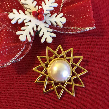 Star Brooch Anne Klein Vintage Gold Tone and White Pearl 12 Point Star Pin Christmas Star Brooch Celestial Theme Designer Couture Jewelry