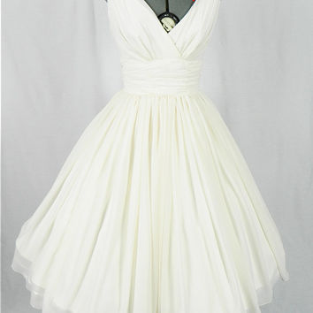 Simple and elegant 50s style dress with Ivory chiffon overlay, beautifully flattering for all sizes