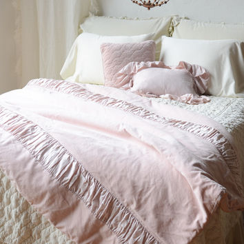 Chloe Personal Comforter with Trecento Ruching in HEIRLOOM ROSE