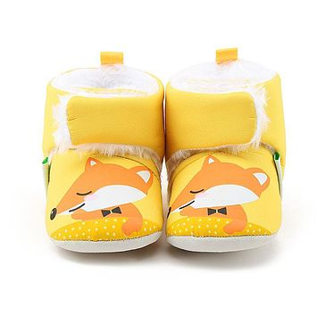 Delebao Winter Warm 0-18 Months Baby Boots Unique Cute Yellow Fox Newborn Toddler Baby Girl Shoes Hook & Loop Furry Boots