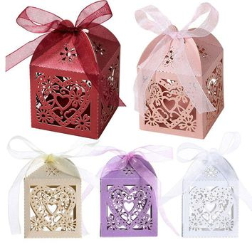 High Quality 50Pcs Love Heart Laser Cut Candy Gift Boxes Wedding party Supplie With Ribbon Drop shipping