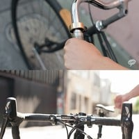 """Oi"" : The bike bell that doesn't look like a bike bell."