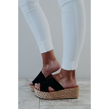 Going Places Wedges: Black/Natural