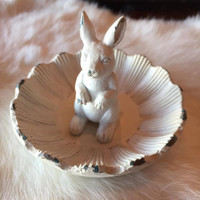 Petal Rabbit Ring Tray