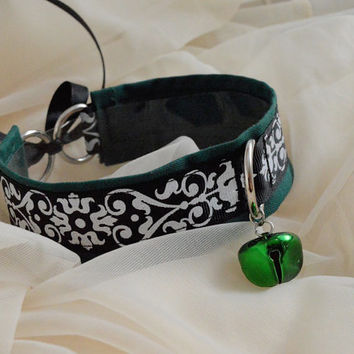Dark angel - green black and white choker necklace with bell and leash ring - unisex boy girl lolita neko kitten pet play bdsm collar