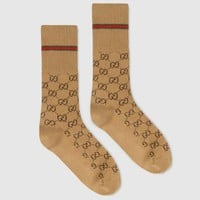 GUCCI 2019 new classic red and green color matching pinstripes for men and women socks