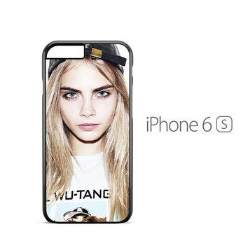 Cara Delevingne Close Up iPhone 6s Case