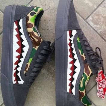 VANS gray  Old Skool Shark pattern Shoes casual shoes