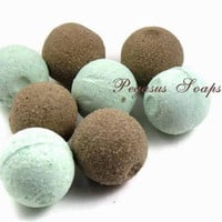 12 Chocolate Peppermint Foaming Mini Bath Bombs | Luulla