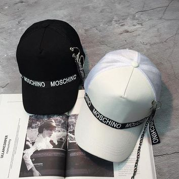 ICIK6HW Moschino' Fashion Personality Iron Ring Letter Webbing Flat Cap Unisex Hip-hop Baseball Cap Couple Sun Hat