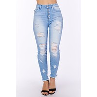 Close To Home Button Up Kancan Jeans (Light Wash)