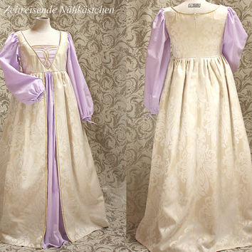 Renaissance - Gown - italian early Renaissance style , medieval gown