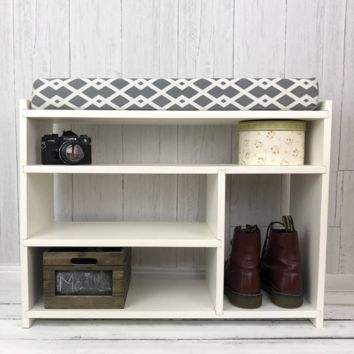 Griffin Solid Wood Cushioned Entryway Bench