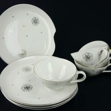Summit Snack Plate and Tea Cup Star Burst Stardust White Silver Atomic 8 Pieces