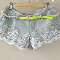 tourtown — White flash hole nail bead embroidery lace jean shorts