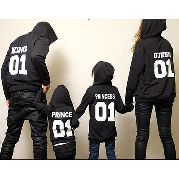 2017 Autumn Winter Couple Clothes Hoodies KING Queen Princess Prince Print Sweatshirts Lover Pullover for Man and Women Child