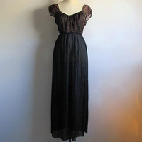 Barbizon Black Floral Lace Sheer Accordion Pleat Maxi Night Gown 12