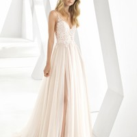 Rosa Clará Donata Front Slit Lace & Tulle Wedding Gown | Nordstrom