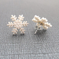 Winter Snowflake Earrings Winter White Snow by PeriwinkleParadise