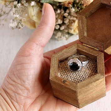 Engagement Ring Box, Proposal Wood Ring Box, Small Rustic Wedding Ring Holder, Woodland Wedding Ring Box, Keepsake Box, Wedding Ring Box