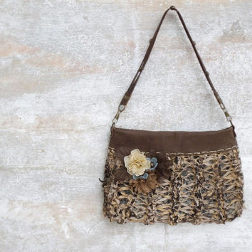 Flower hand bag, beige leather wristlet clutch, beige leather purse, knitted leather bag