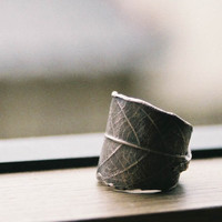 Leaf Ring by TadashiKoizumi on Etsy