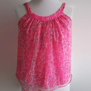 Pink vintage babydoll lingerie - 1970s bright pink floral mini nightgown - ruffleed frilly short nightdress - retro pin up lingerie top