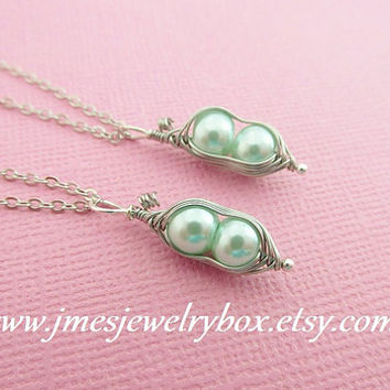 Two peas in a pod best friend necklace set - Light mint green
