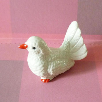 Bird figurine white pigeon ceramic -bird statues -Doll house Miniature ornaments collection