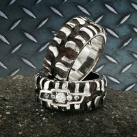 Desert Diamond Chevy Tire Tread Ring Band, Black Silver Plated, Silver, Mud Bogger, Super Swamper, Monster & Badass Ring, BN016A