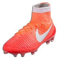 Nike Women's Magista Obra FG - BRIGHT CRIMSON/UNIVERSITY RED/HYPER ORANGE/WHITE || SOCCER.COM