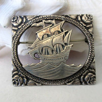 Art Nouveau Sterling Silver Spanish Galleon Sailing Ship Brooch Pin