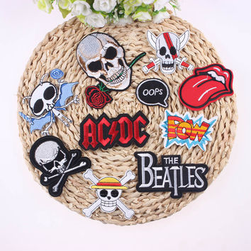 1Pcs Mixture Sell Punk Rock Cool Patch Badge For Clothing Iron On Outlaw Embroidered Biker Vintage Patches For Clothes Stickers