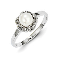 925 Sterling Silver Floral Form White Freshwater Cultured Pearl and Diamond Ring