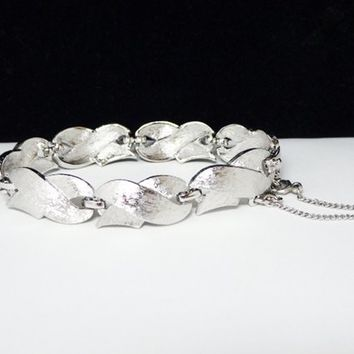 Vintage Silvertone Bracelet by Monet - Linky Satin or Brushed Silver Tone X Link Chain Designer Signed Monet -